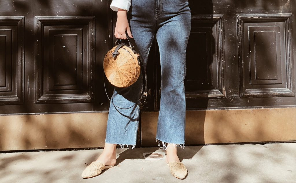 Girl Outfit Flared Jeans Slipper